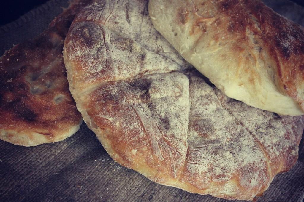 bread-433995_1280