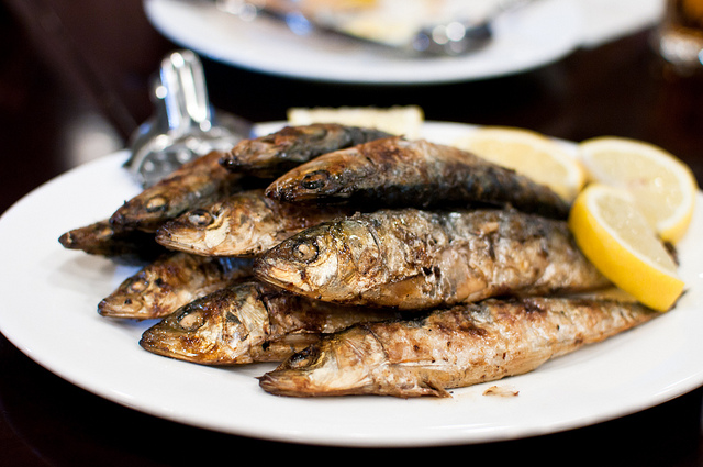 eat like a local food in the Algarve