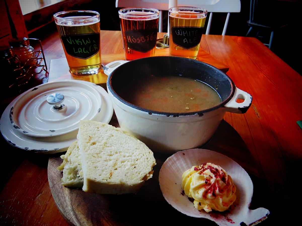 Where To Eat Iceland Food: Islenski Barinn