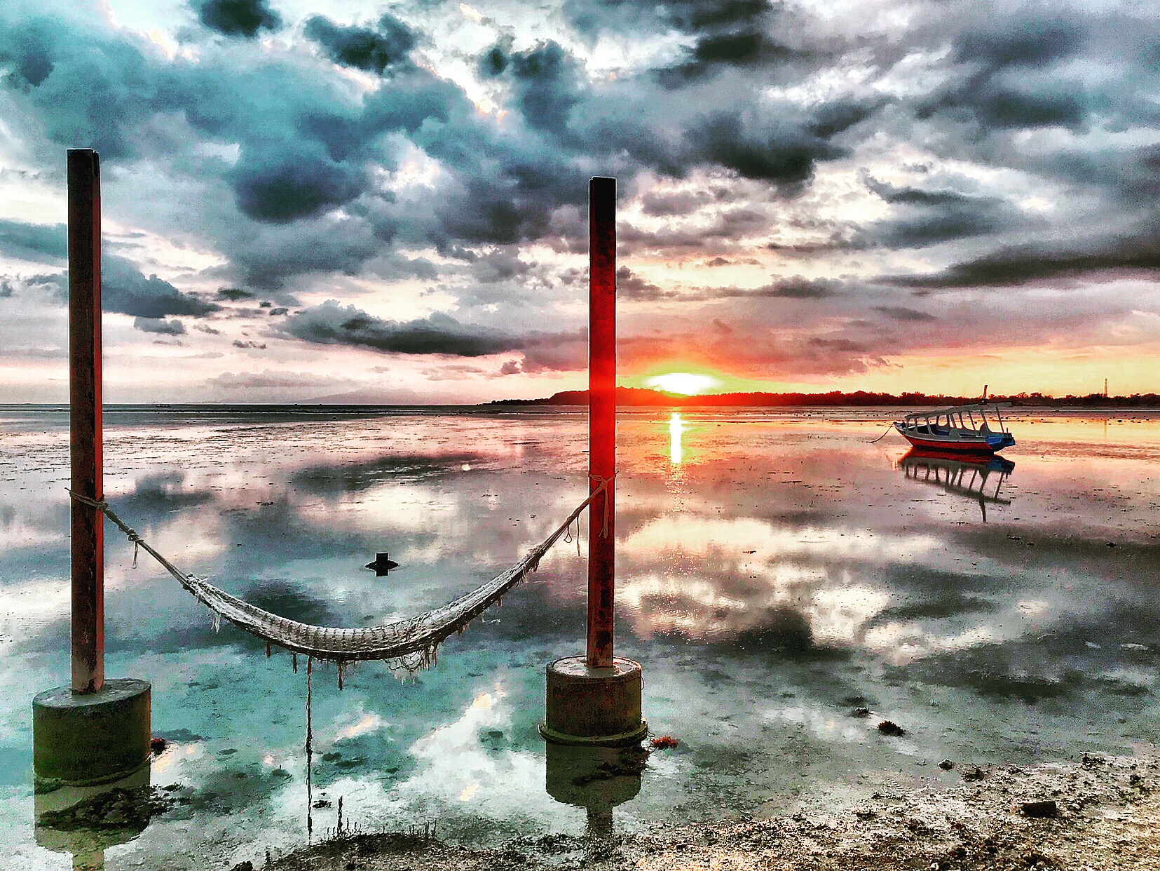 The Best Gili Air Restaurants, Cafes, And Happy Hours